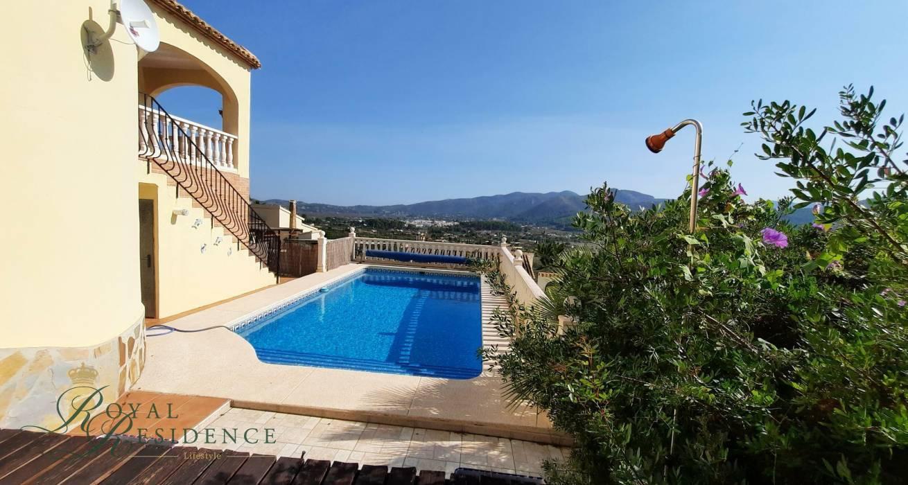 Charming Mediterranean style villa in Jalon