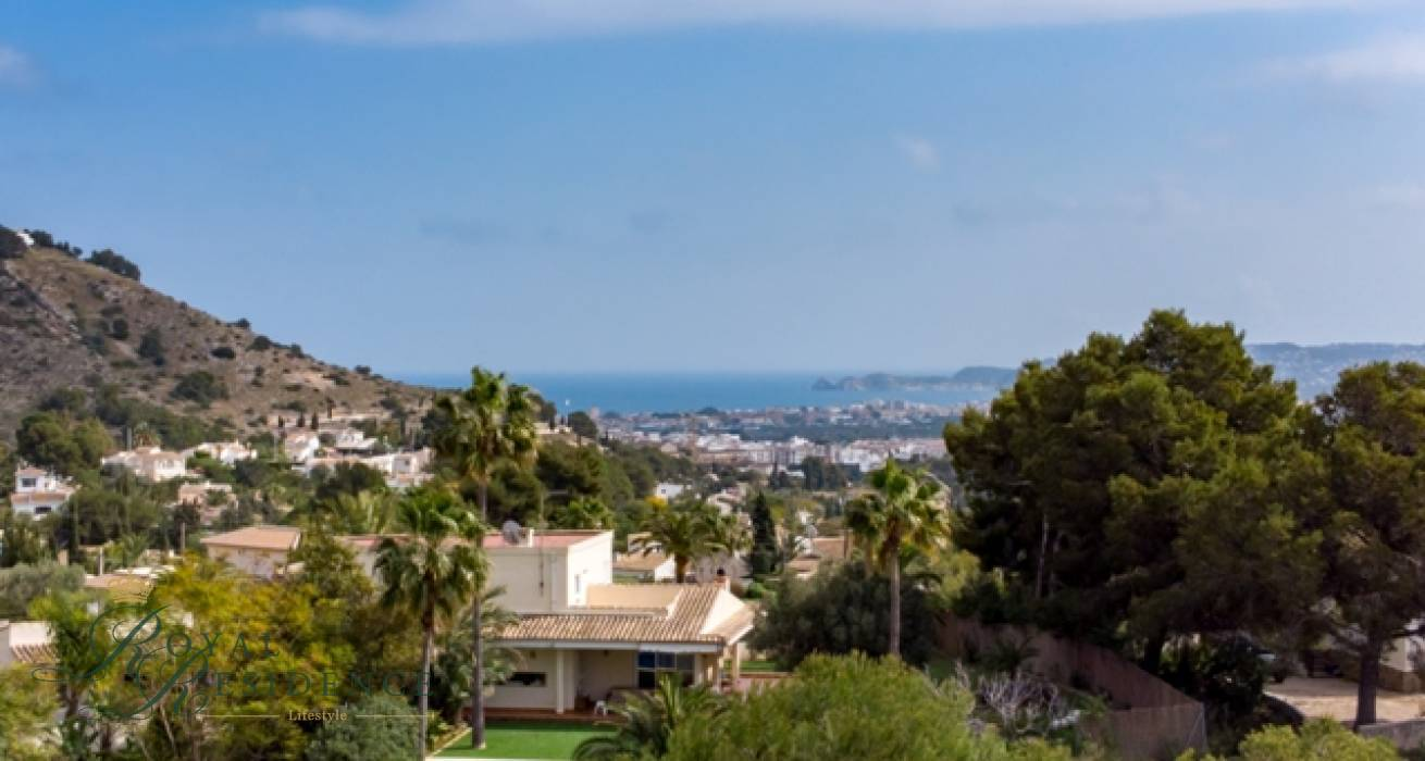 South facing building plots in Javea