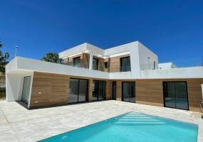 Key ready  modern style villa in Calpe