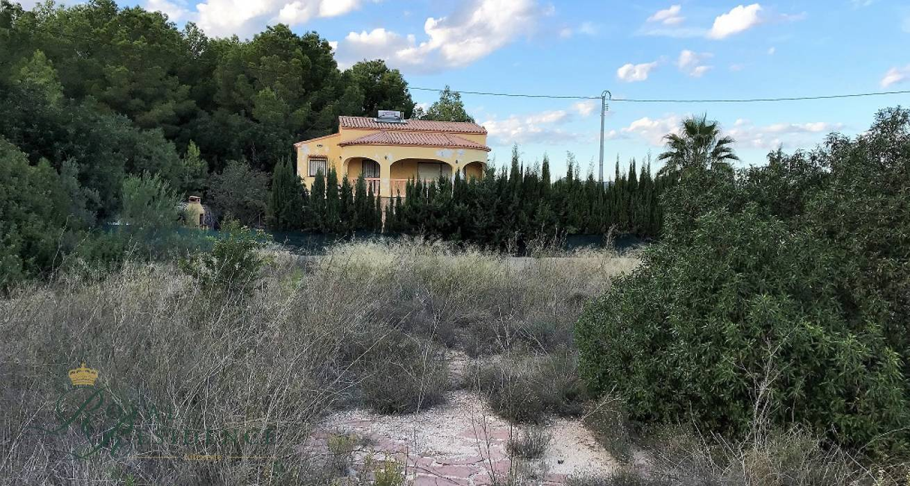 Plot in Calpe close to town and beach