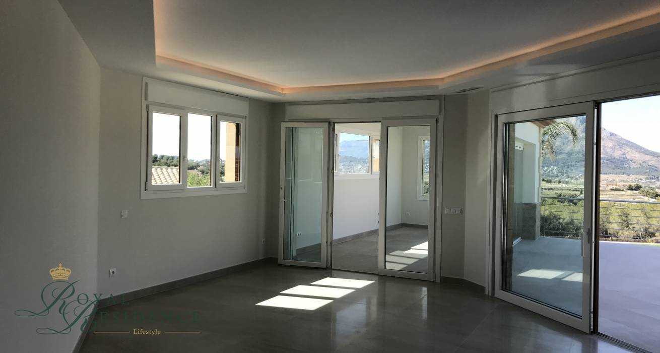 Key ready villa in Javea