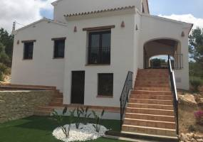 Off plan project rustic house in Benissa