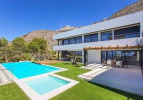 Spacious luxury villa in Altea PV